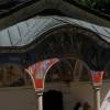 在巴尔干山上面的修道院的寺院