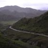 再一次下了大雨,但是我们有好的运气因为这条路就是西藏最好的一条;)