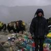 。。。在最高的地方(大概海拔5600米)也下了一点雪。好在它马上就再融化了