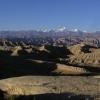 因为早上的时候空气还是更加清楚一点,所以可以看到比较远远的喜马拉雅山