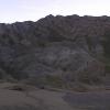 我妈喜欢这样的石头,所以虽然天差不多已经黑了,但是还是拍一张照片