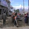 我们到江孜的时候很多路在被新修的