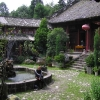 寺庙的内院是最理想的可以不做什么的地方